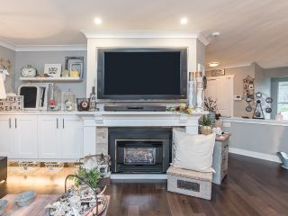 Photo 8: 5 14834 100 Avenue in Surrey: Guildford Townhouse for sale (North Surrey)  : MLS®# R2522339