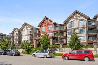 """Photo 2: 314 19939 55A Avenue in Langley: Langley City Condo for sale in """"MADISON CROSSING"""" : MLS®# R2616834"""