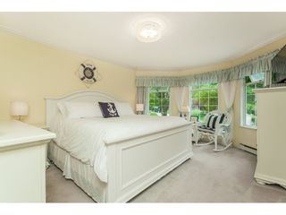 "Photo 11: 5443 184A Street in Surrey: Cloverdale BC House for sale in ""HUNTER PARK"" (Cloverdale)  : MLS®# R2386719"
