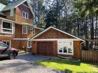Photo 5: 829 Lazo Rd in : CV Comox Peninsula House for sale (Comox Valley)  : MLS®# 871428