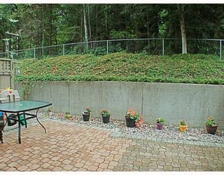 Photo 6: 20 2736 ATLIN Place in Coquitlam: Coquitlam East Townhouse for sale : MLS®# V781442