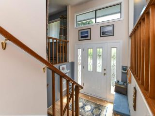 Photo 10: 1664 Elm Ave in COMOX: CV Comox (Town of) House for sale (Comox Valley)  : MLS®# 816423