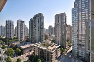 "Photo 6: 1601 565 SMITHE Street in Vancouver: Downtown VW Condo for sale in ""VITA"" (Vancouver West)  : MLS®# R2013406"