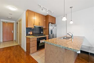 """Photo 7: 906 1189 MELVILLE Street in Vancouver: Coal Harbour Condo for sale in """"THE MELVILLE"""" (Vancouver West)  : MLS®# R2560831"""