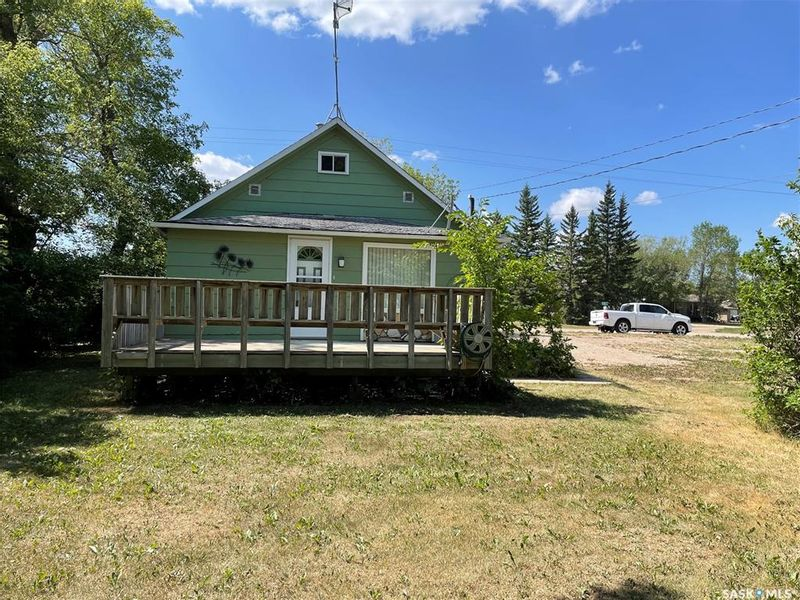 FEATURED LISTING: 110 Highway 20 Pilger