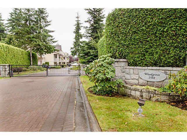 "Main Photo: 57 2588 152ND Street in Surrey: King George Corridor Townhouse for sale in ""WOODGROVE"" (South Surrey White Rock)  : MLS®# F1448128"