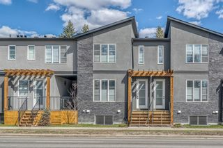 Photo 1: 1960 19 Street NW in Calgary: Banff Trail Row/Townhouse for sale : MLS®# A1099152
