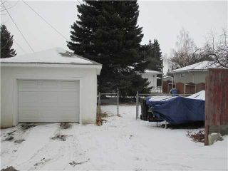 Photo 10: 5819 21 Street SW in Calgary: North Glenmore Residential Detached Single Family for sale : MLS®# C3652293