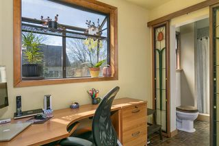 Photo 9: 906 E 20TH Avenue in Vancouver: Fraser VE House for sale (Vancouver East)  : MLS®# R2354669