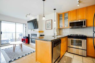 """Photo 5: 2006 989 RICHARDS Street in Vancouver: Downtown VW Condo for sale in """"The Mondrian I"""" (Vancouver West)  : MLS®# R2592338"""