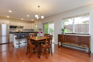 Photo 11: 14 Cahilty Lane in : VR Six Mile House for sale (View Royal)  : MLS®# 876845