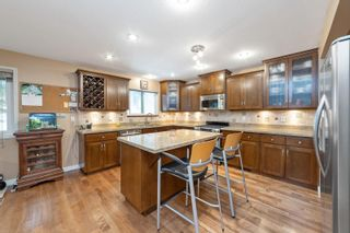 """Photo 12: 2620 CHARTER HILL Place in Coquitlam: Upper Eagle Ridge House for sale in """"UPPER EAGLERIDGE"""" : MLS®# R2600063"""