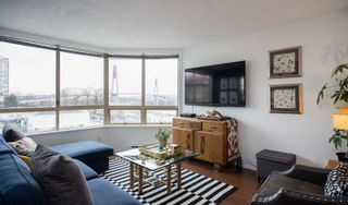 Photo 3: 300 328 CLARKSON STREET in New Westminster: Downtown NW Condo for sale : MLS®# R2140340