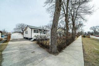 Photo 4: 15 St Andrew Road in Winnipeg: St Vital Residential for sale (2D)  : MLS®# 202105932