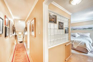 "Photo 17: 826 MILLBANK in Vancouver: False Creek Townhouse for sale in ""Heather Point"" (Vancouver West)  : MLS®# R2564481"