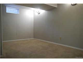 Photo 11: 2 Lake Fall Place in Winnipeg: Waverley Heights Residential for sale (1L)  : MLS®# 1625936