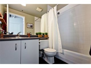 """Photo 8: 331 350 E 2ND Avenue in Vancouver: Mount Pleasant VE Condo for sale in """"MAIN SPACE'"""" (Vancouver East)  : MLS®# V898024"""
