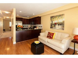 """Photo 8: 44 6555 192A Street in Surrey: Clayton Townhouse for sale in """"The Carlisle"""" (Cloverdale)  : MLS®# R2037162"""