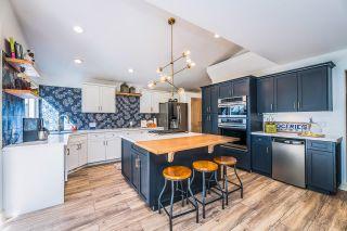 Photo 3: 10471 SLATFORD Street in Maple Ridge: Albion House for sale : MLS®# R2624121
