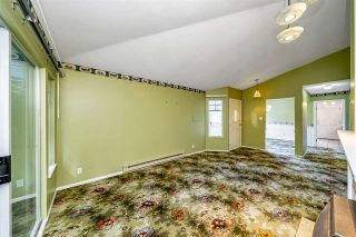 """Photo 9: 129 8737 212 Street in Langley: Walnut Grove Townhouse for sale in """"Chartwell Green"""" : MLS®# R2490439"""