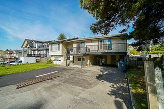 Photo 14: 9349 140 Street in Surrey: Bear Creek Green Timbers House for sale : MLS®# R2331581