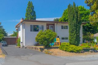 Photo 2: 2860 Knotty Pine Rd in : La Langford Proper House for sale (Langford)  : MLS®# 879652