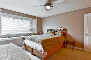 Photo 2: 7747 146A Street in Surrey: East Newton House for sale : MLS®# R2592131