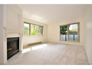 Photo 2: 202 1436 Harrison St in VICTORIA: Vi Downtown Condo for sale (Victoria)  : MLS®# 669412