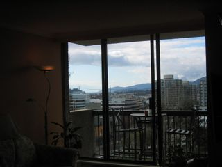 Photo 3: 702 145 ST GEORGES Ave in TALISMAN TOWERS: Home for sale : MLS®# V694361