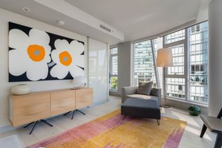 """Photo 2: 601 1499 W PENDER Street in Vancouver: Coal Harbour Condo for sale in """"WEST PENDER PLACE"""" (Vancouver West)  : MLS®# R2605894"""