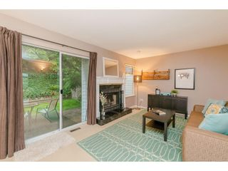 """Photo 2: 403 1180 FALCON Drive in Coquitlam: Eagle Ridge CQ Townhouse for sale in """"FALCON HEIGHTS"""" : MLS®# R2393090"""