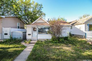 Photo 1: 225 Ruth Street East in Saskatoon: Exhibition Residential for sale : MLS®# SK862741