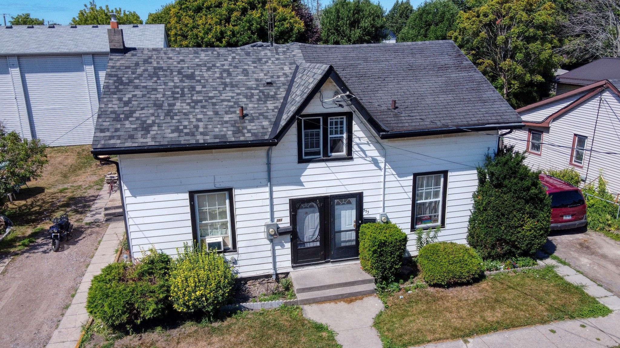 Main Photo: 353 John Street in Cobourg: House for sale : MLS®# X5180944
