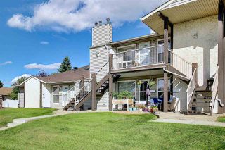 Photo 2: 9305 172 Street in Edmonton: Zone 20 Carriage for sale : MLS®# E4228510