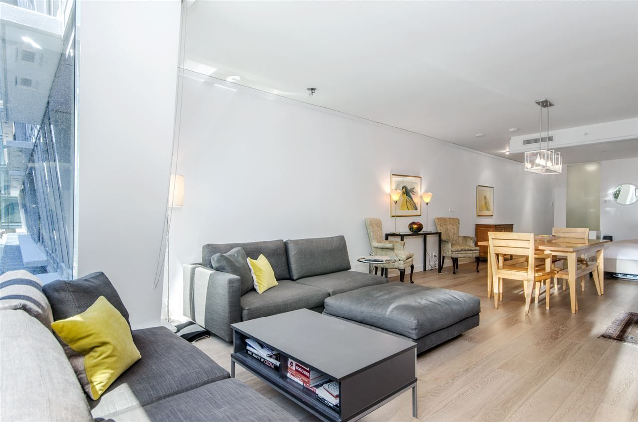 """Main Photo: 208 1477 W PENDER Street in Vancouver: Coal Harbour Condo for sale in """"West Pender Place"""" (Vancouver West)  : MLS®# R2282342"""