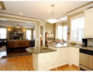 Photo 3: 124 EVERGREEN Lane SW in CALGARY: Shawnee Slps Evergreen Est Residential Detached Single Family for sale (Calgary)  : MLS®# C3305094