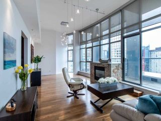 """Photo 5: PH3 1050 SMITHE Street in Vancouver: West End VW Condo for sale in """"STERLING"""" (Vancouver West)  : MLS®# R2495075"""