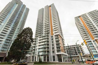 """Photo 1: 2609 455 SW MARINE Drive in Vancouver: Marpole Condo for sale in """"W1-WEST TOWER"""" (Vancouver West)  : MLS®# R2388321"""