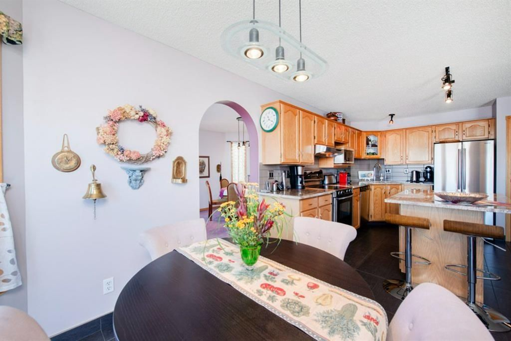 Photo 14: Photos: 142 Arbour Summit Close NW in Calgary: Arbour Lake Detached for sale : MLS®# A1102229