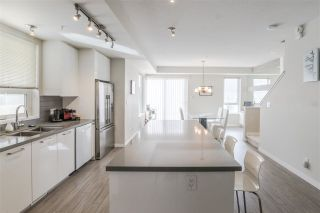Photo 3: 3150 PIERVIEW Crescent in Vancouver: Champlain Heights Townhouse for sale (Vancouver East)  : MLS®# R2249784