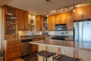 Photo 3: 5384 WAKEFIELD BEACH LANE in Sechelt: Sechelt District Townhouse for sale (Sunshine Coast)  : MLS®# R2470728