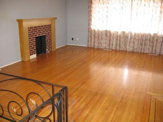 Photo 2: 76-78 GLOVER Avenue in New_Westminster: GlenBrooke North Duplex for sale (New Westminster)  : MLS®# V702687
