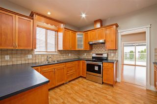 """Photo 7: 33834 GREWALL Crescent in Mission: Mission BC House for sale in """"College Heights"""" : MLS®# R2256686"""