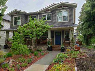 Photo 2: 9502 86 Avenue in Edmonton: Zone 18 House Half Duplex for sale : MLS®# E4241046