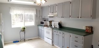 """Photo 3: 13910 KEPPEL Road: Miworth Manufactured Home for sale in """"MIWORTH"""" (PG Rural West (Zone 77))  : MLS®# R2366585"""