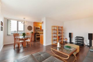 """Photo 7: 1507 5645 BARKER Avenue in Burnaby: Central Park BS Condo for sale in """"Central Park Place"""" (Burnaby South)  : MLS®# R2465224"""