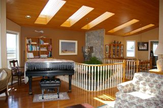 "Photo 5: 985 KEIL Street: White Rock House for sale in ""White Rock East Hillside"" (South Surrey White Rock)  : MLS®# R2170325"