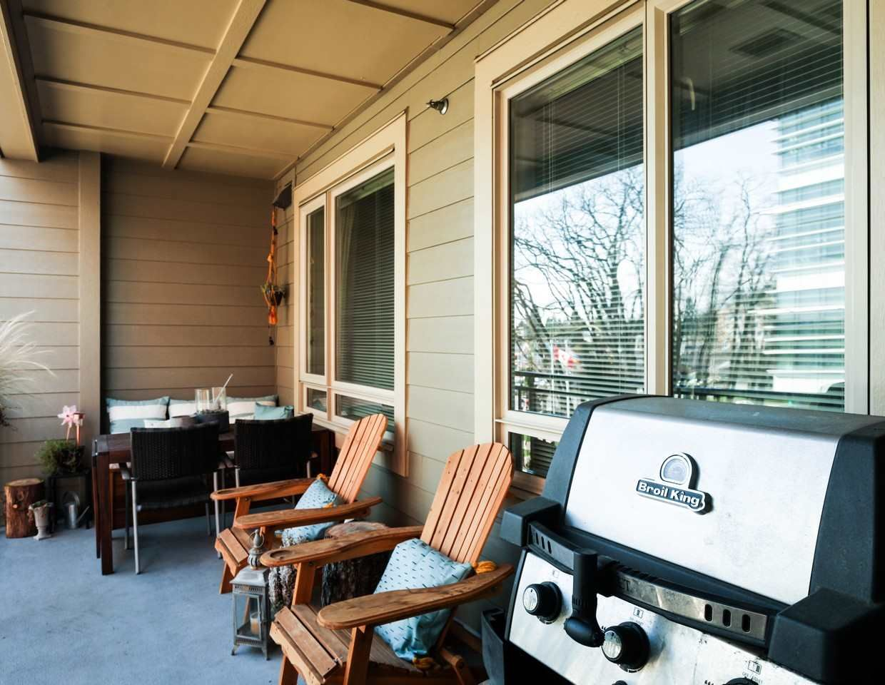 Photo 14: Photos: 319 119 W 22ND STREET in North Vancouver: Central Lonsdale Condo for sale : MLS®# R2047201
