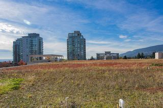 """Photo 7: 318 135 E 17TH Street in North Vancouver: Central Lonsdale Condo for sale in """"LOCAL"""" : MLS®# R2117123"""
