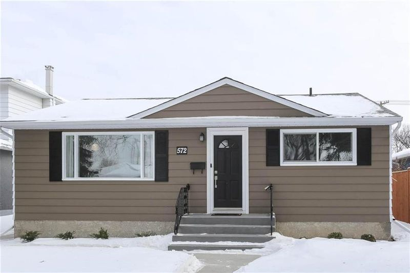 FEATURED LISTING: 572 Borebank Street Winnipeg